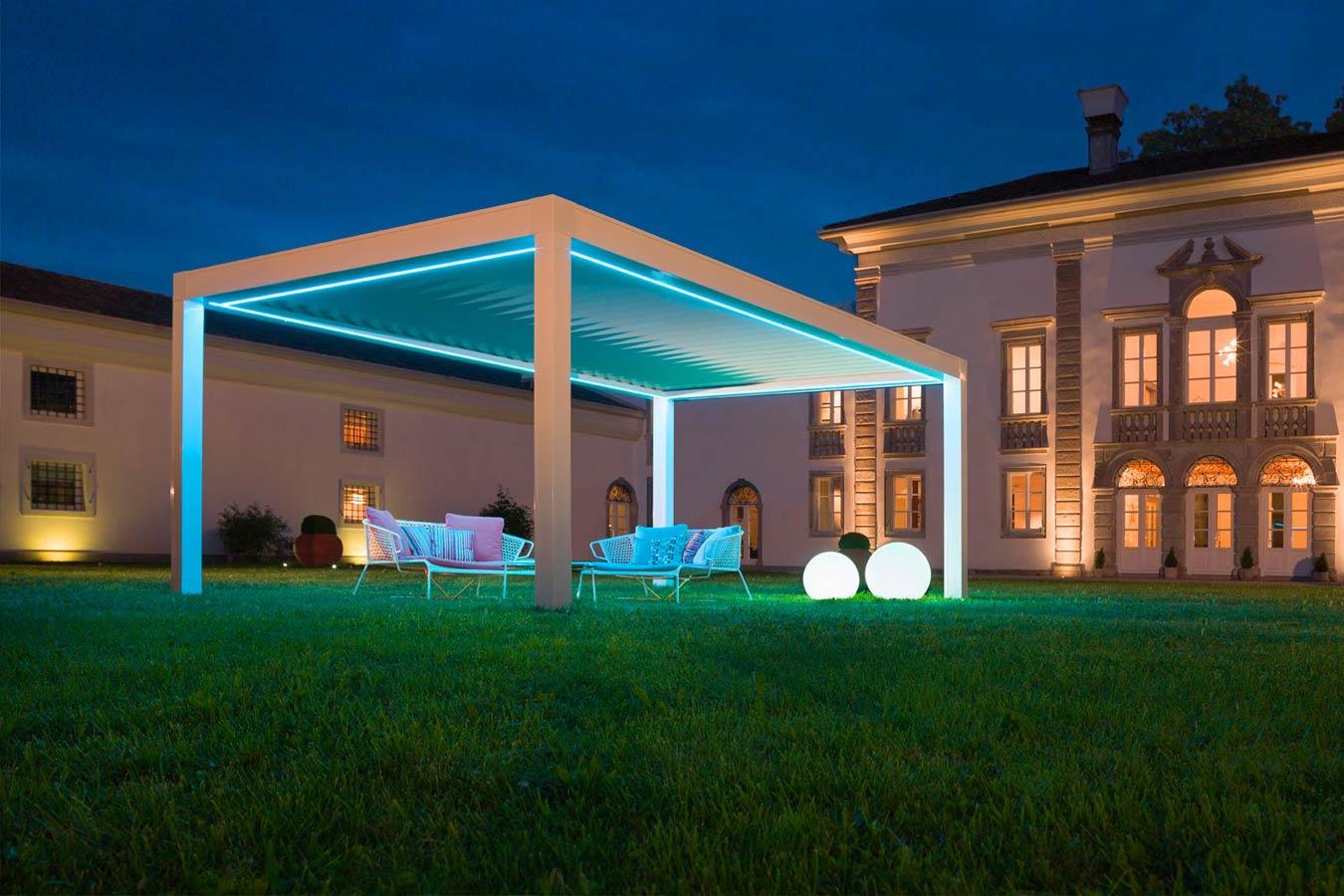 Pergola Bioclimatica con LED